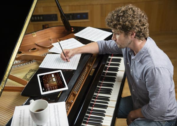 DISKLAVIER PLAYER PIANOS