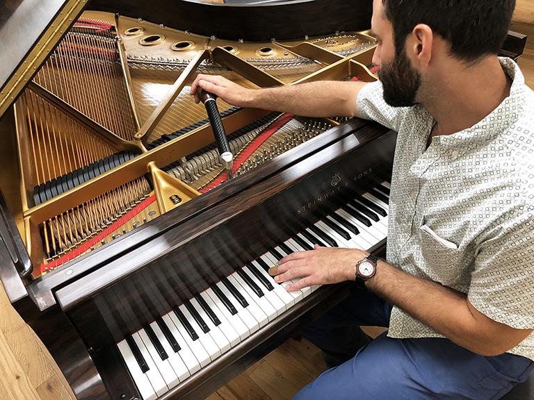 Piano Tuner Tuning New York